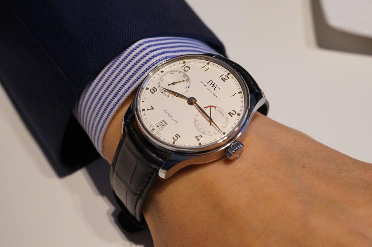 万国手表售后服务中心的手表展示